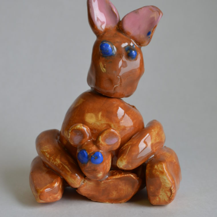 Heather Osborn. Kangaroo. Ceramic. 2016.