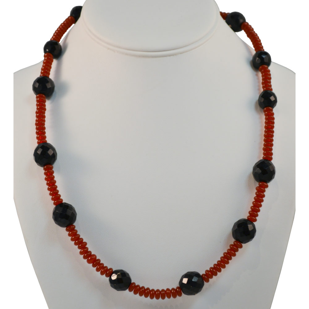 Necklace by Beatrice Farah