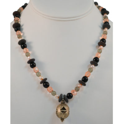 Necklace by Juvenia Nicodemos