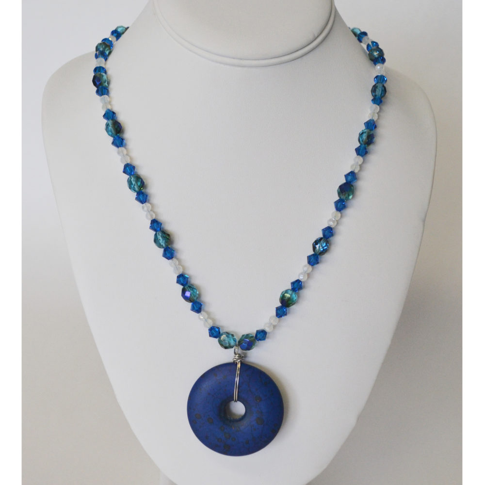Blue stone necklace by Sofia Bocanegra